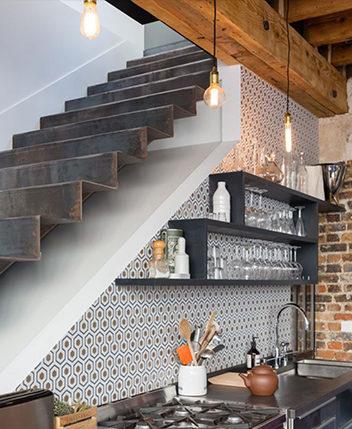 Décoration murale cuisine en faience et carrelage